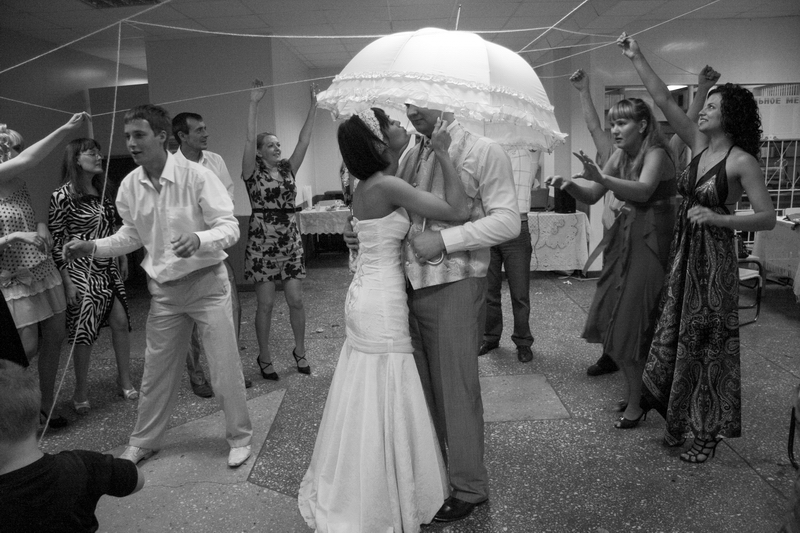 074 Russian wedding: tradition and and reality