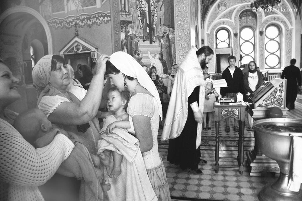 baptism in Alexander Nevsky Cathedral, Novosibirsk (13)