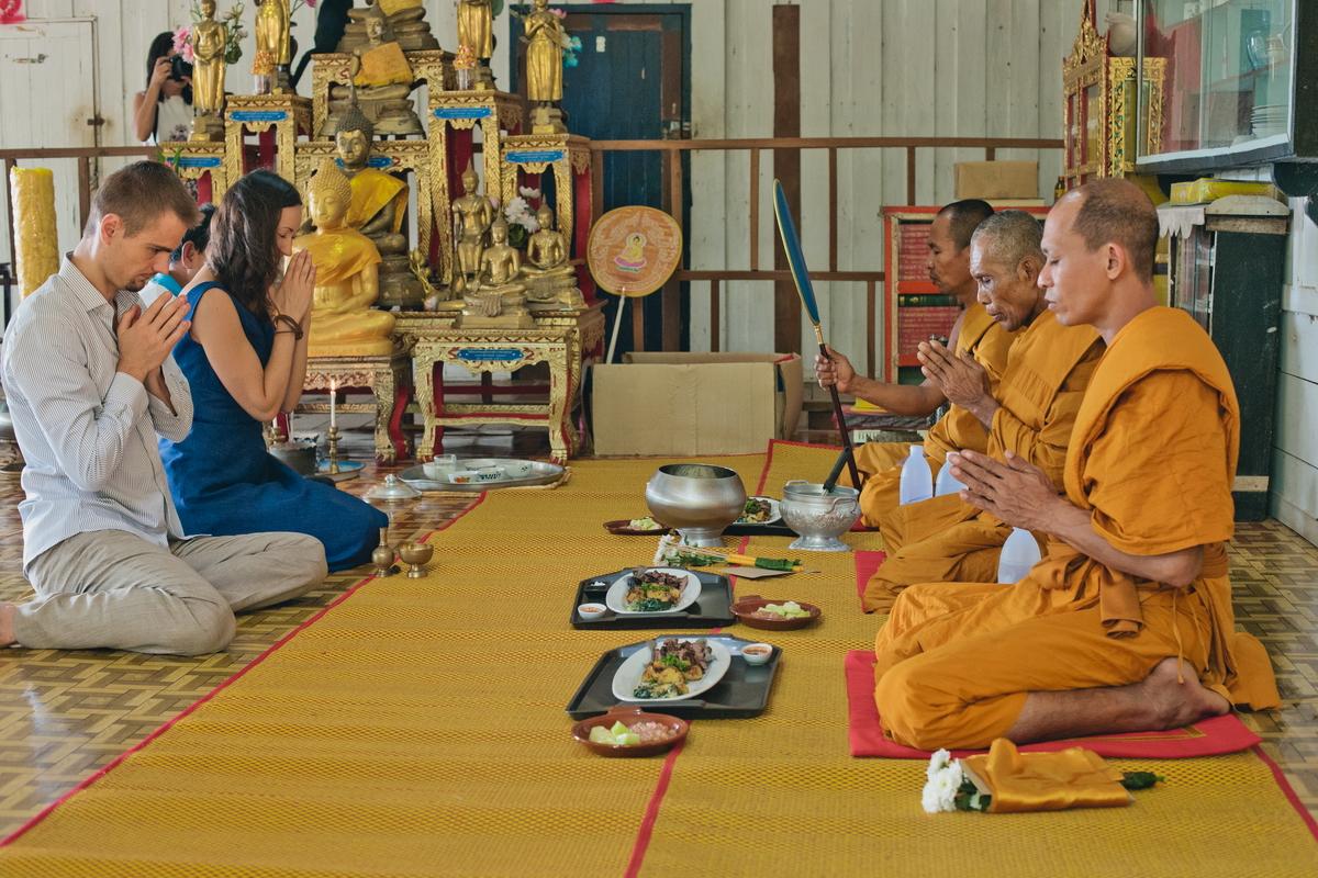 Buddist thai wedding on Koh Chang (10)
