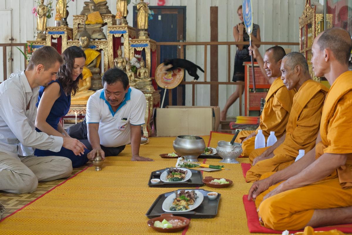 Buddist thai wedding on Koh Chang (13)