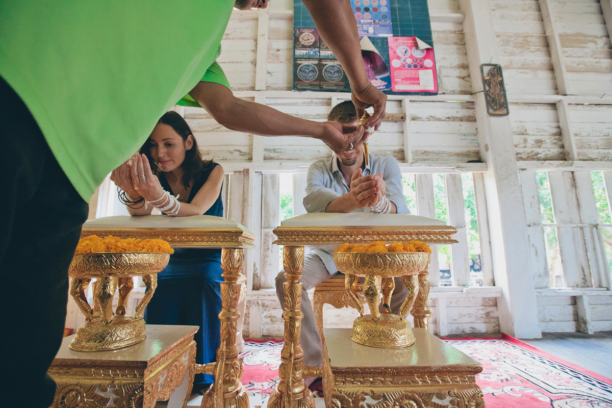 Buddist thai wedding on Koh Chang (18)