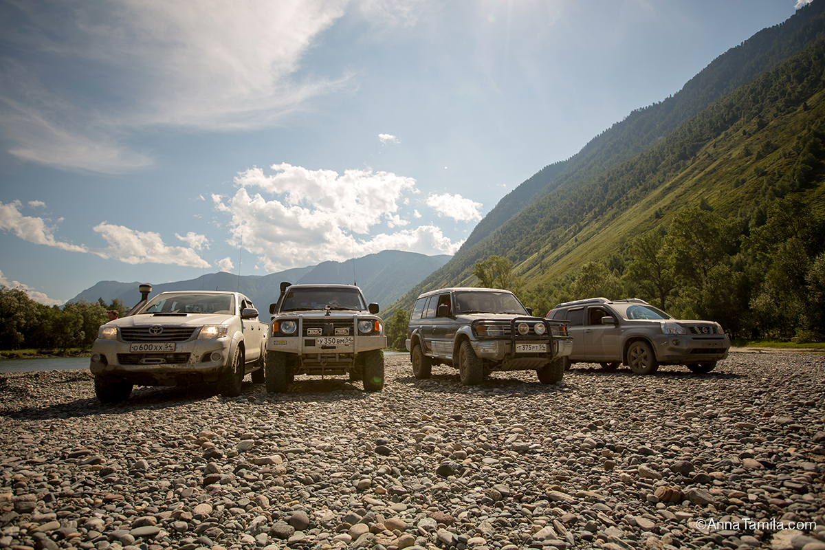 Travel in Russia by jeep