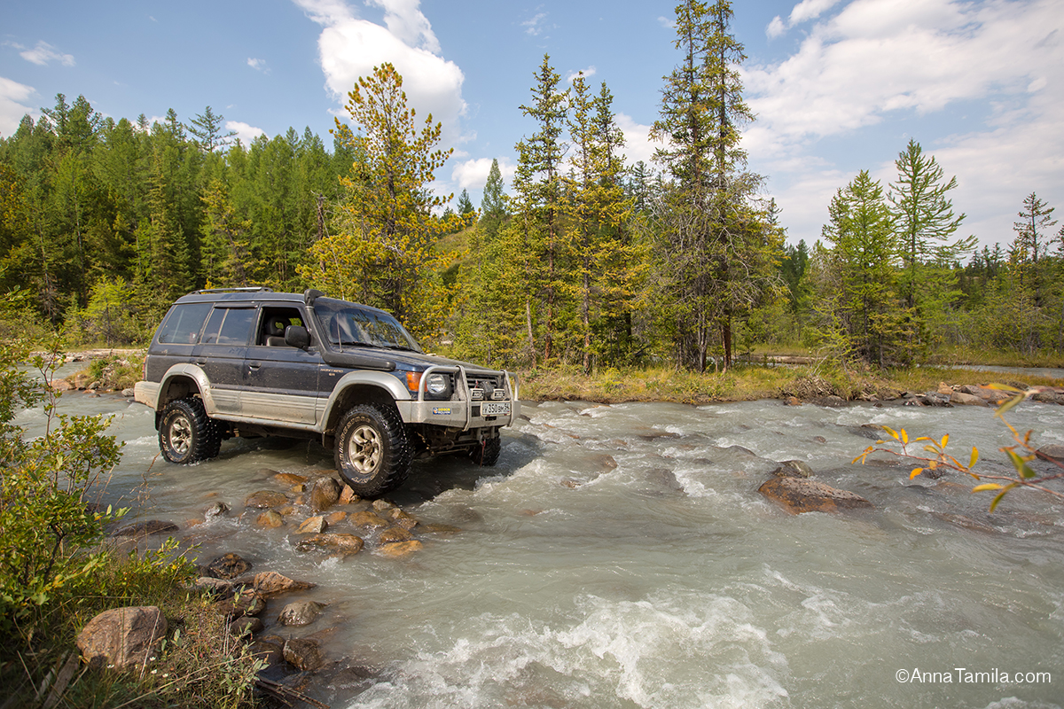 Travel in Russia, Altai by jeep