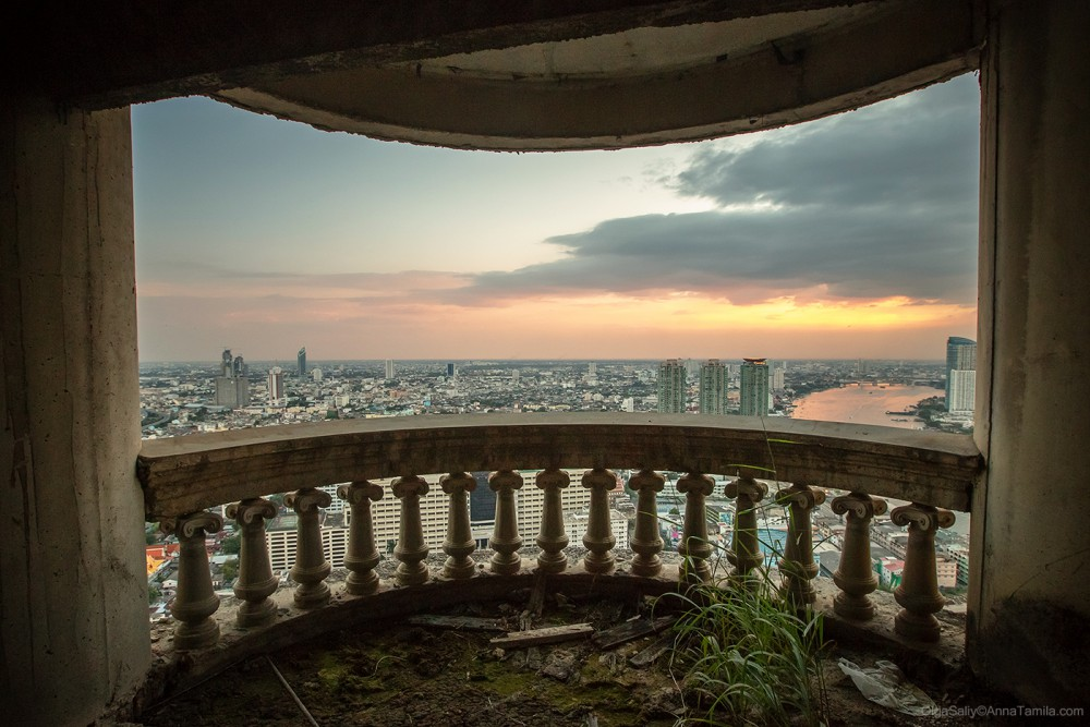 Highest abandoned skyscraper in Bangkok (16)