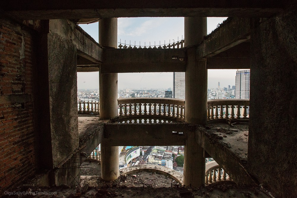 Highest abandoned skyscraper in Bangkok (14)