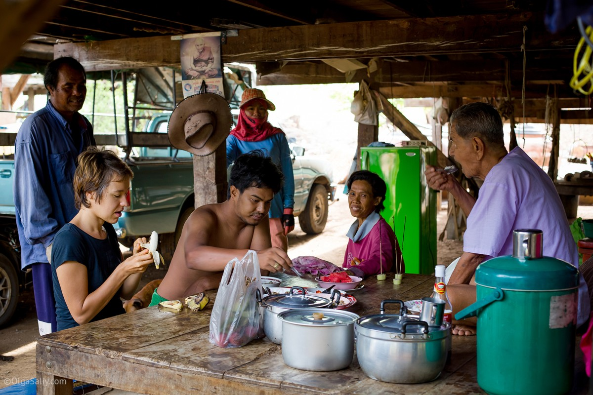 Thai-Farang marriage life (11)