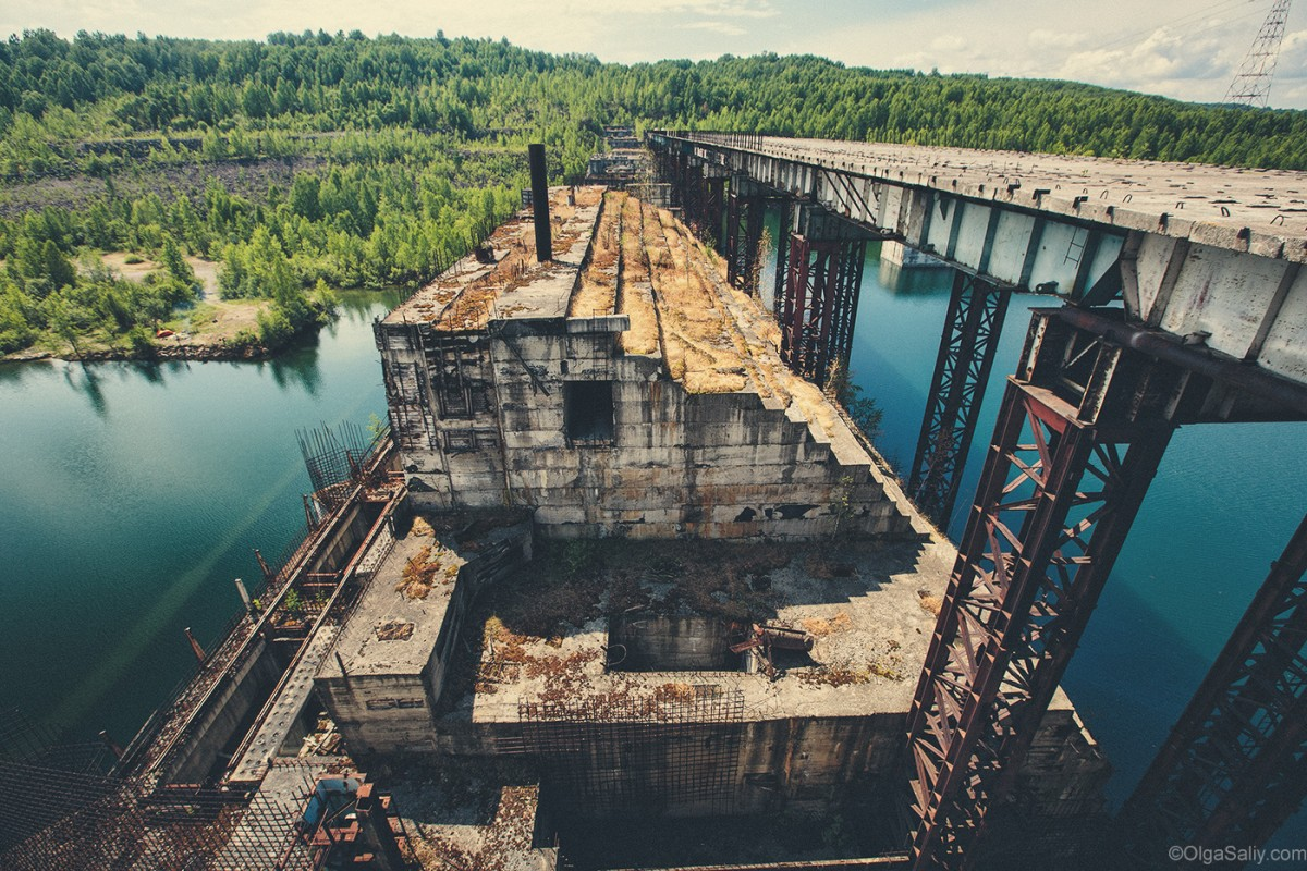 Abandoned Hydroelectricity Dam in Russia (26)