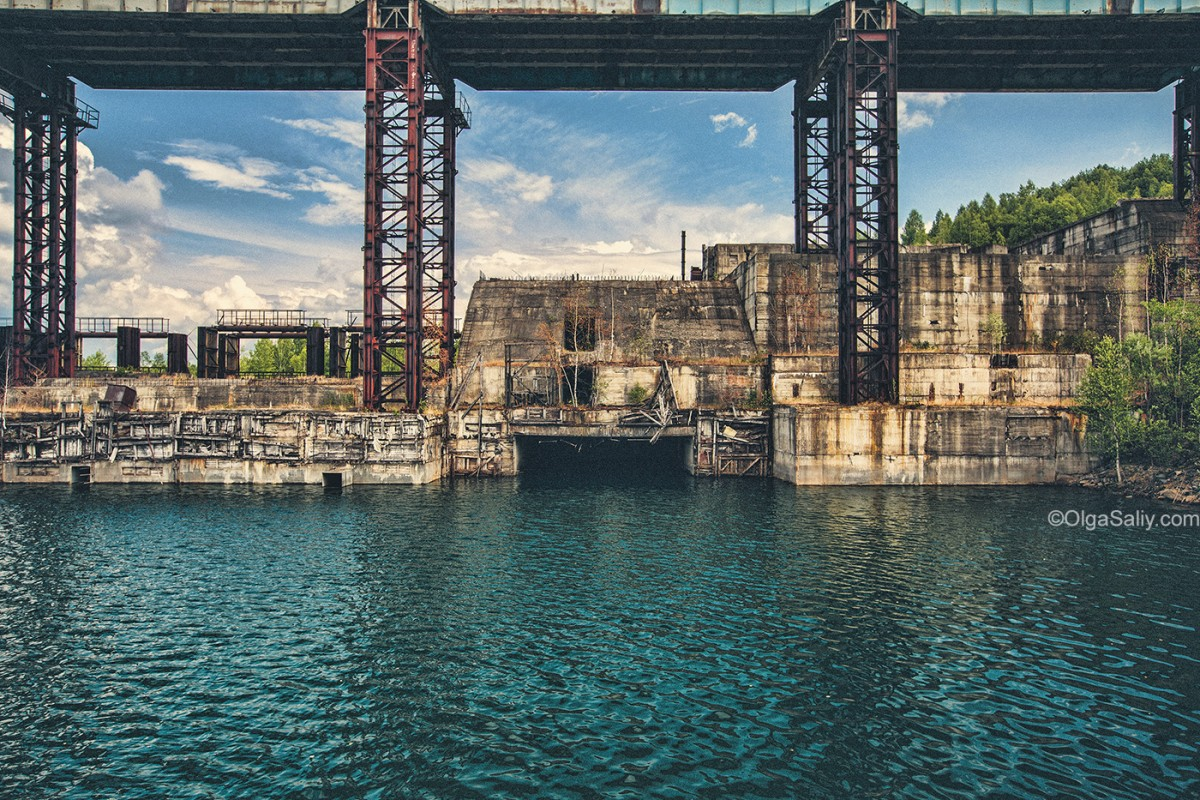 Abandoned Hydroelectricity Dam in Russia (22)
