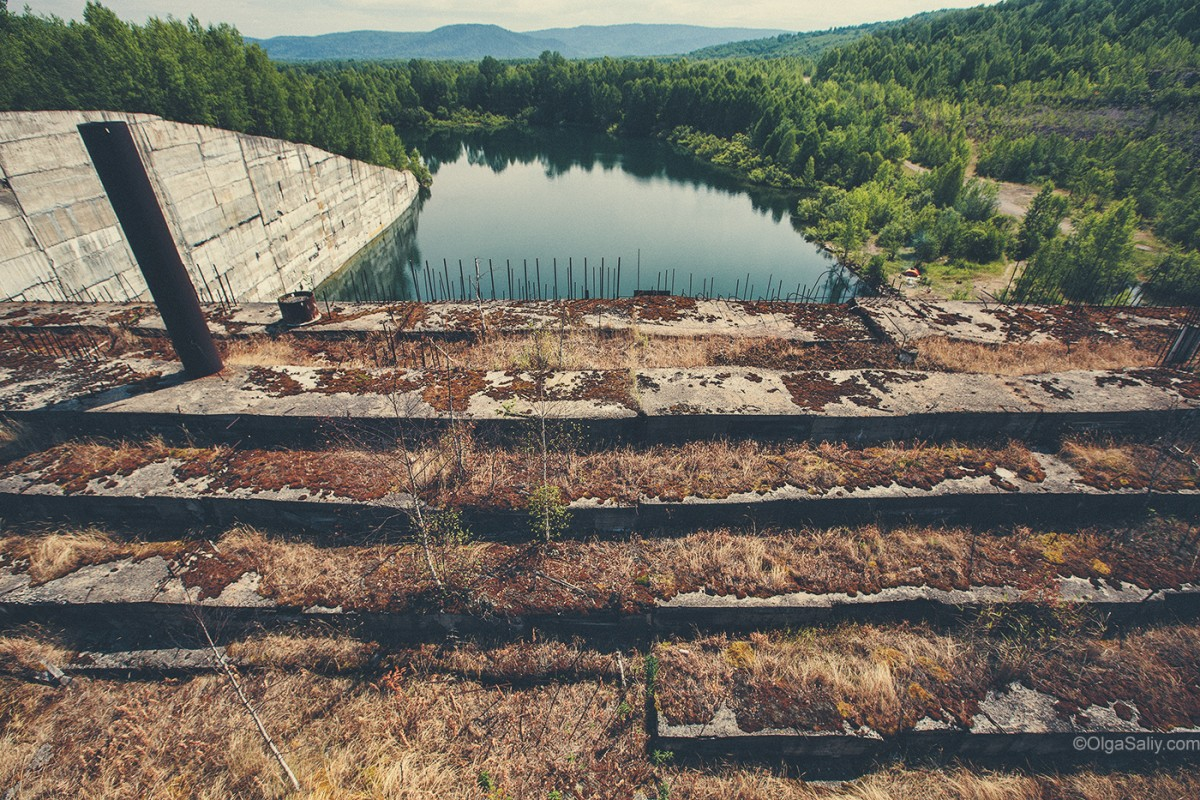 Abandoned Hydroelectricity Dam in Russia (20)