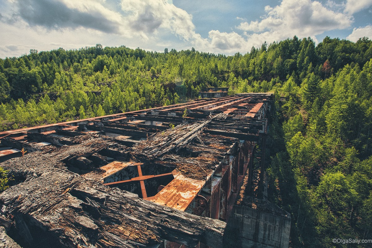 Abandoned Hydroelectricity Dam in Russia (9)