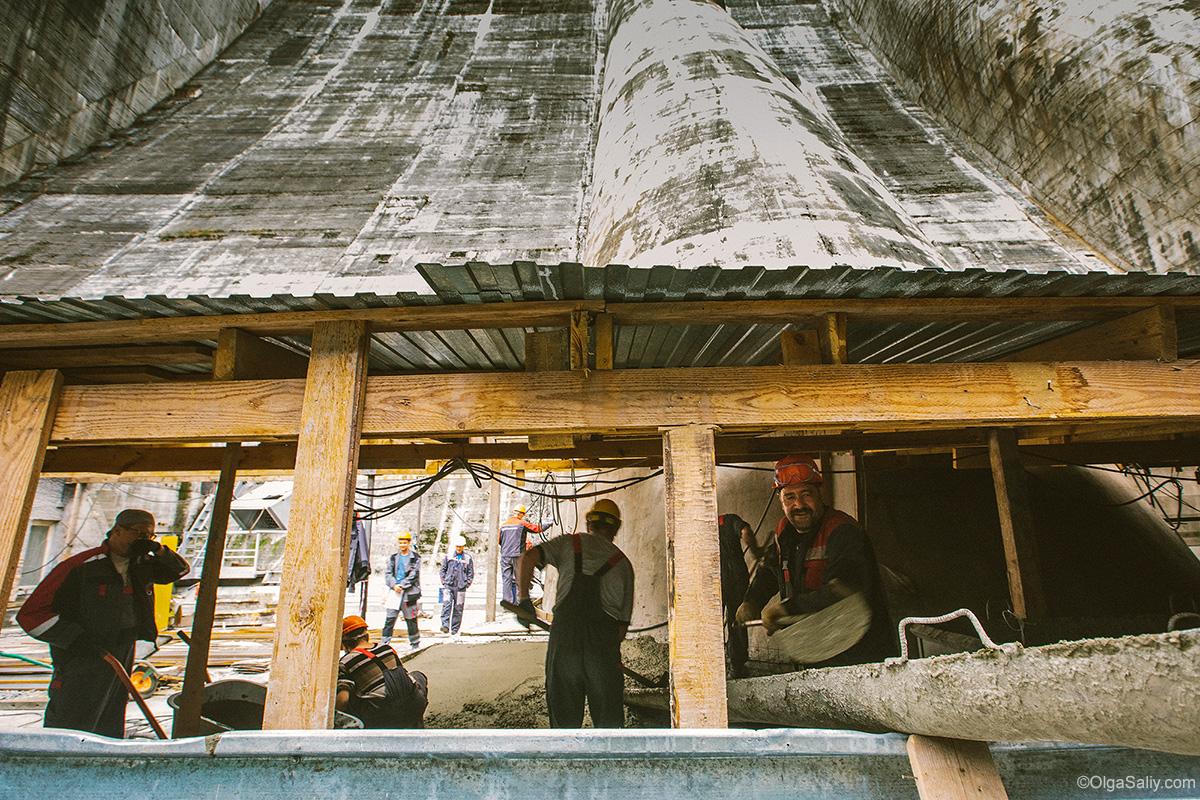 Sayano–Shushenskaya Dam workers