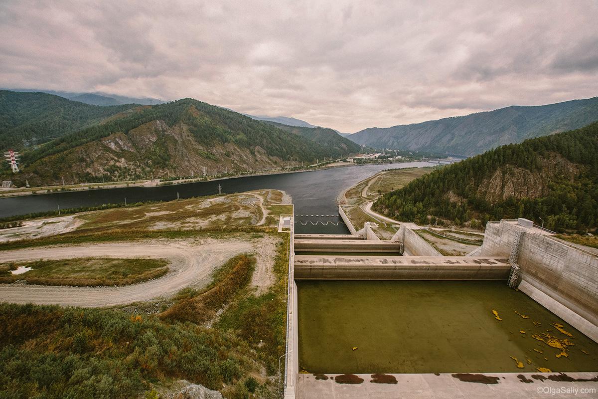 Travel in Sayano–Shushenskaya Dam (8)