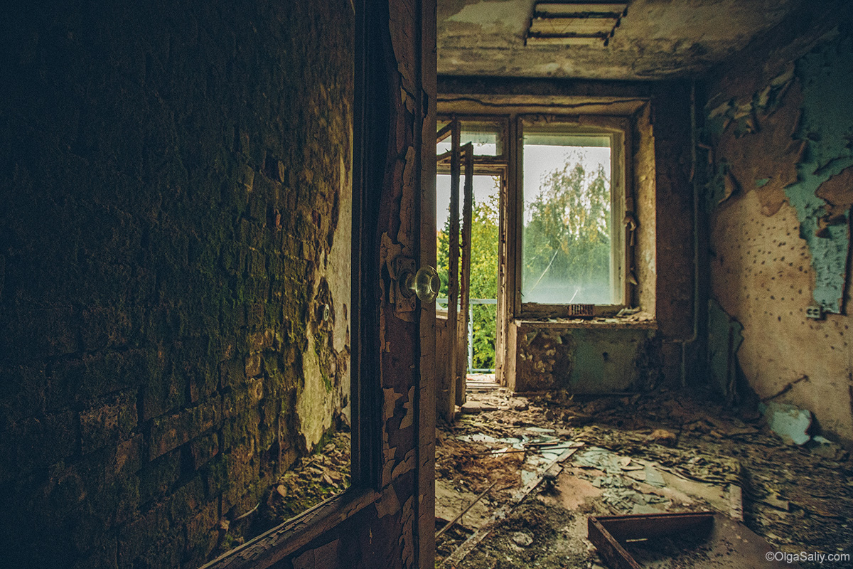 Abandoned Resort near Novosibirsk, Russia (6)