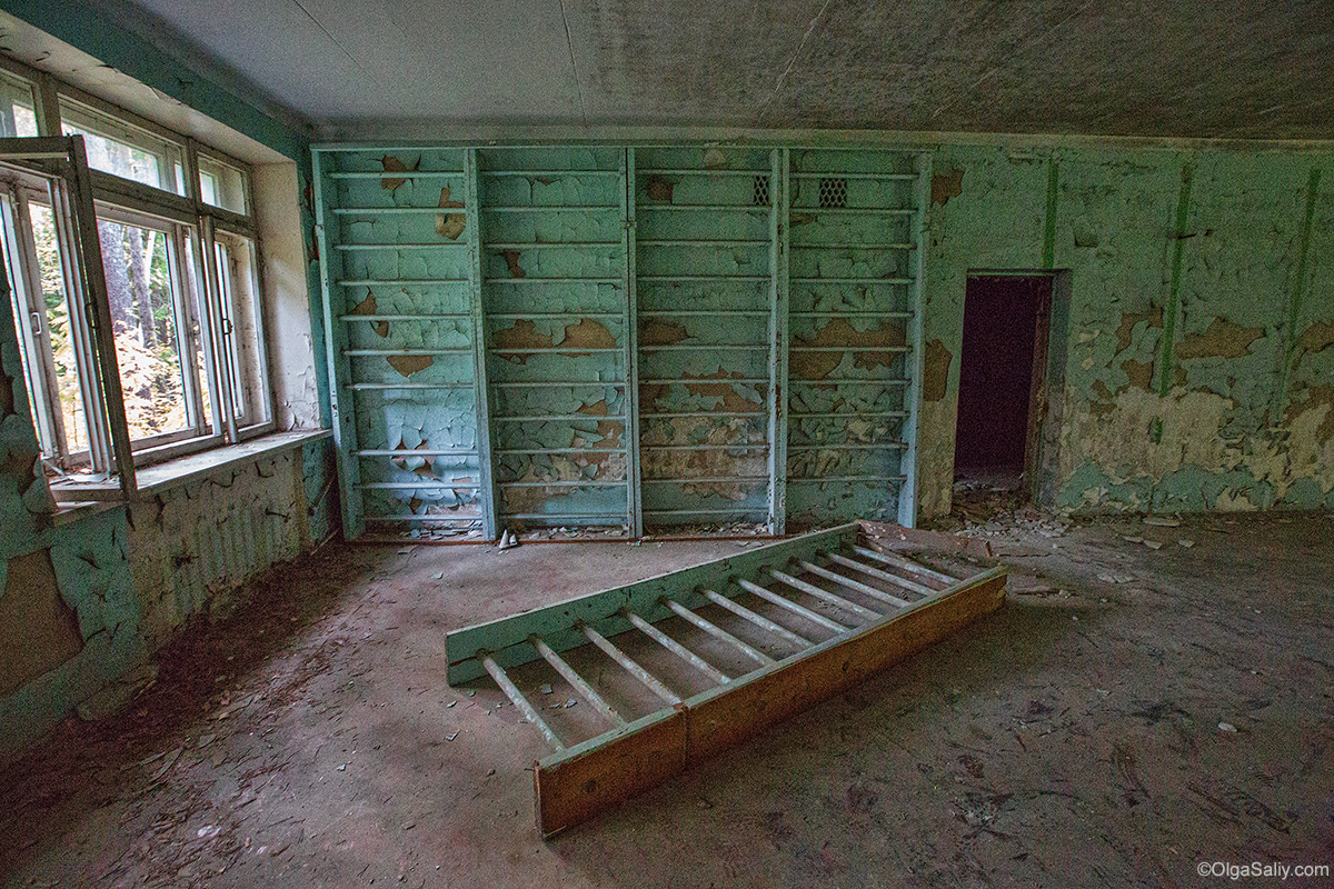Abandoned Resort near Novosibirsk, Russia (5)