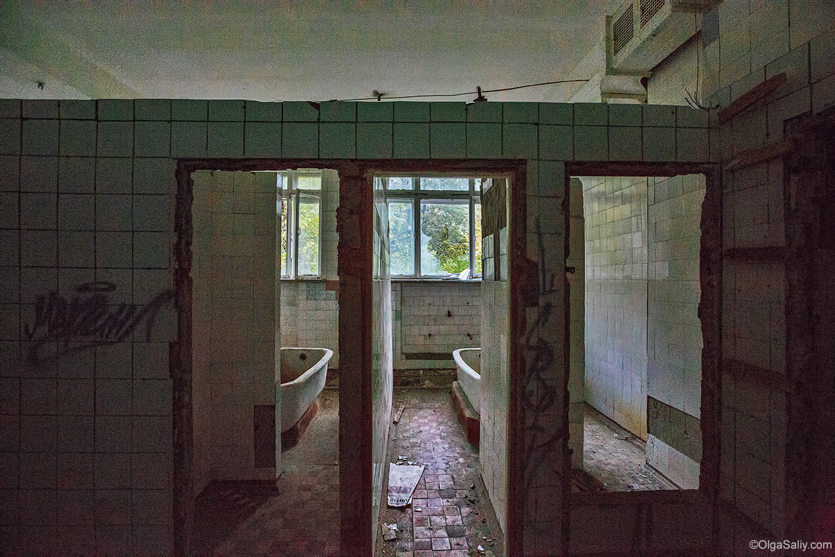 Abandoned Resort near Novosibirsk, Russia (4)