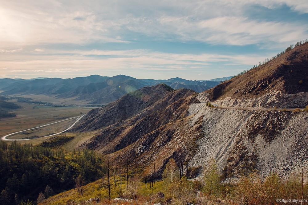 Auto travel in Altai Mountains Chuysky Trakt