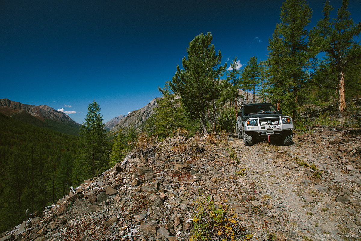 Auto travel in Altai Mountains (19)