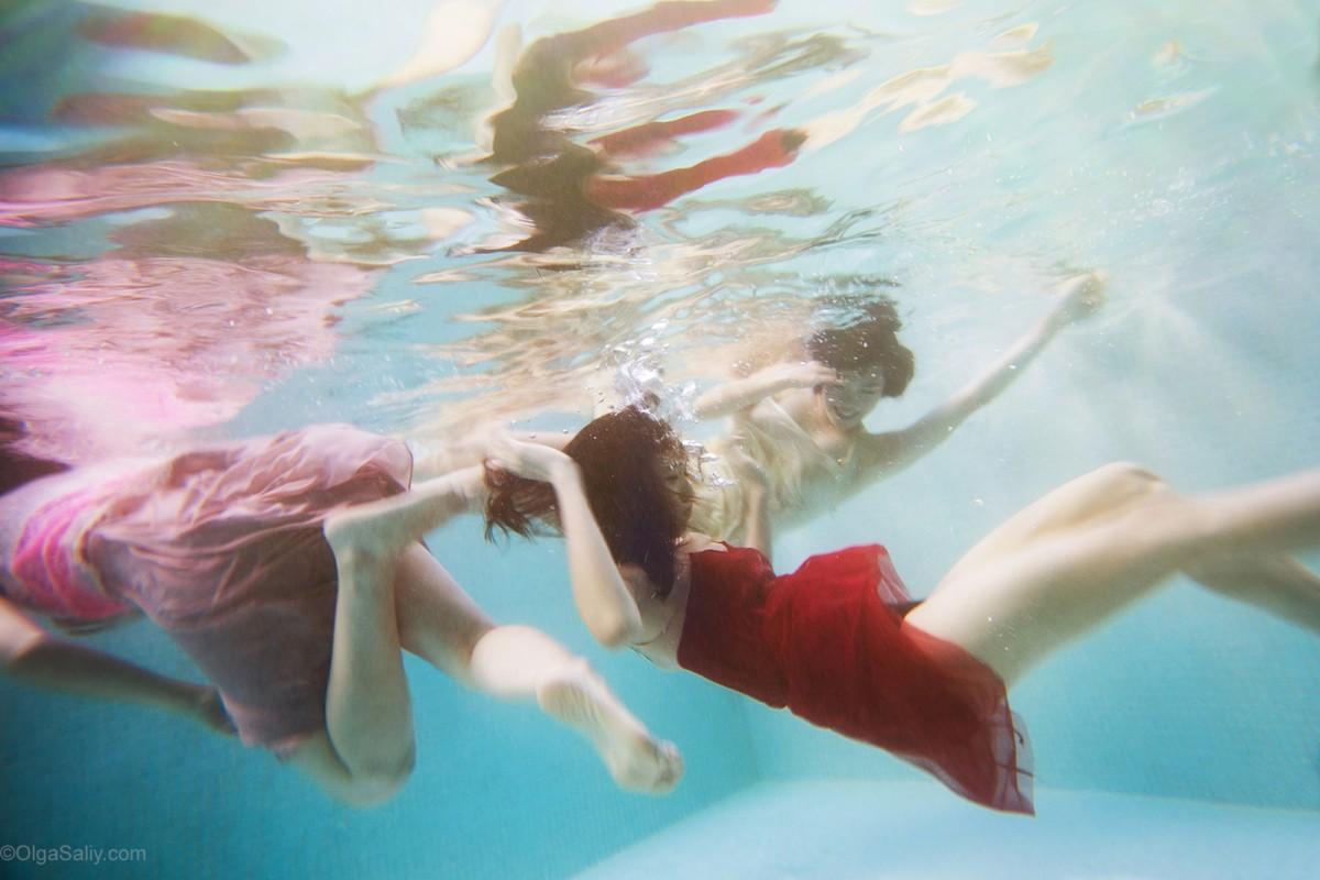 Underwater Crazy Dance