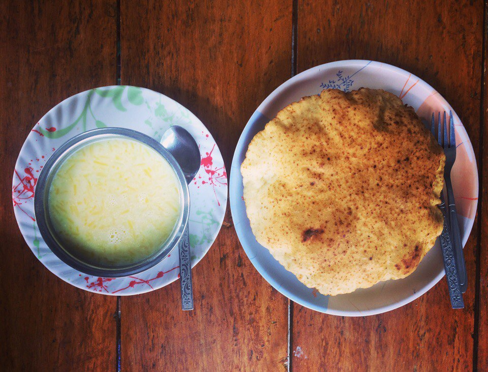 Nepalese cuisine, pumpkin soup with corn fritter