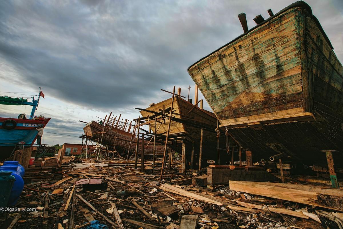 Shipyard in VungTau, Vietnam (5)