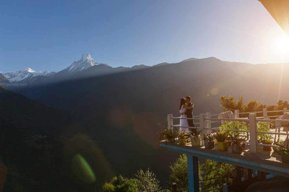 Pre-Wedding Mountain PhotoShoot in Nepal - trekking to Annapurna Base camp (11)