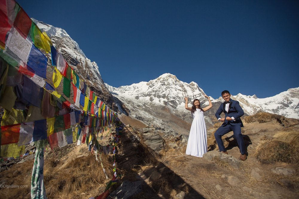 Pre-Wedding Mountain PhotoShoot in Nepal - trekking to Annapurna Base camp (47)