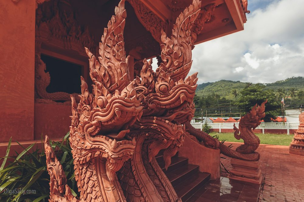 The red temple Koh Samui (6)