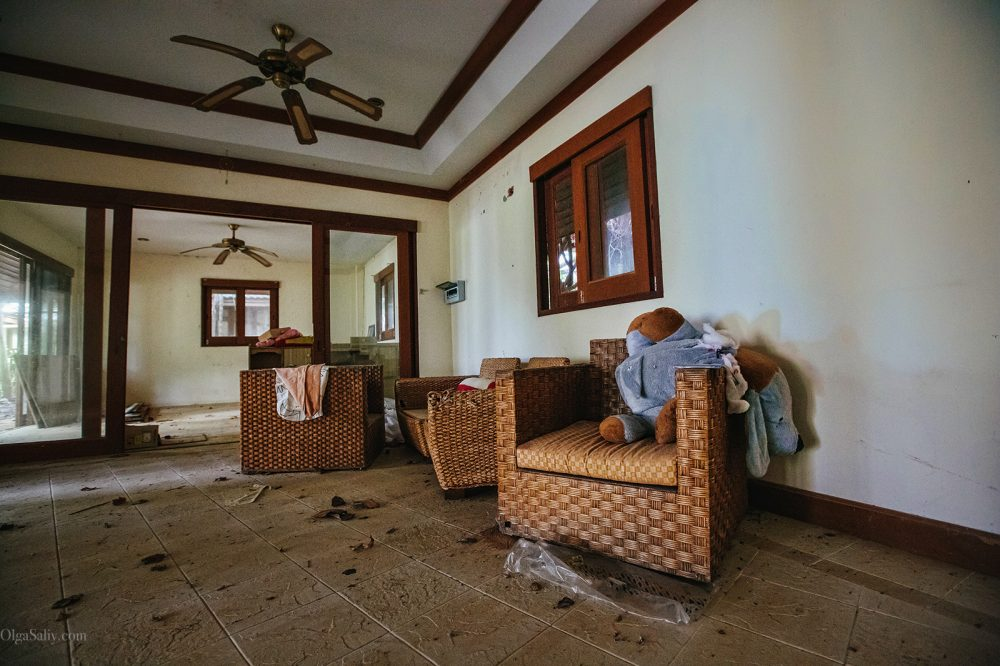 Interesting places of Samui island: Abandoned hotel on the beach (9)