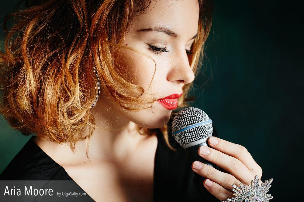 Aria Moore, singer