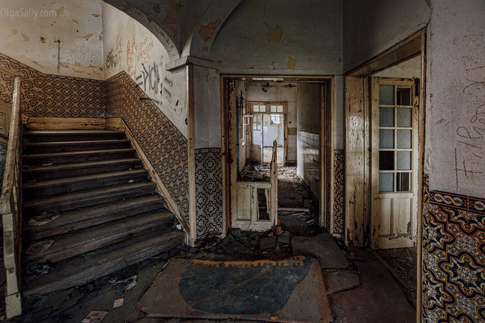Abandoned hospital, Portugal (21)