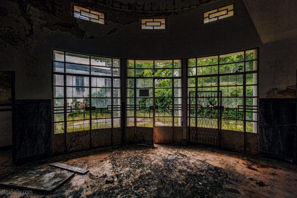 Abandoned hospital, Portugal (10)