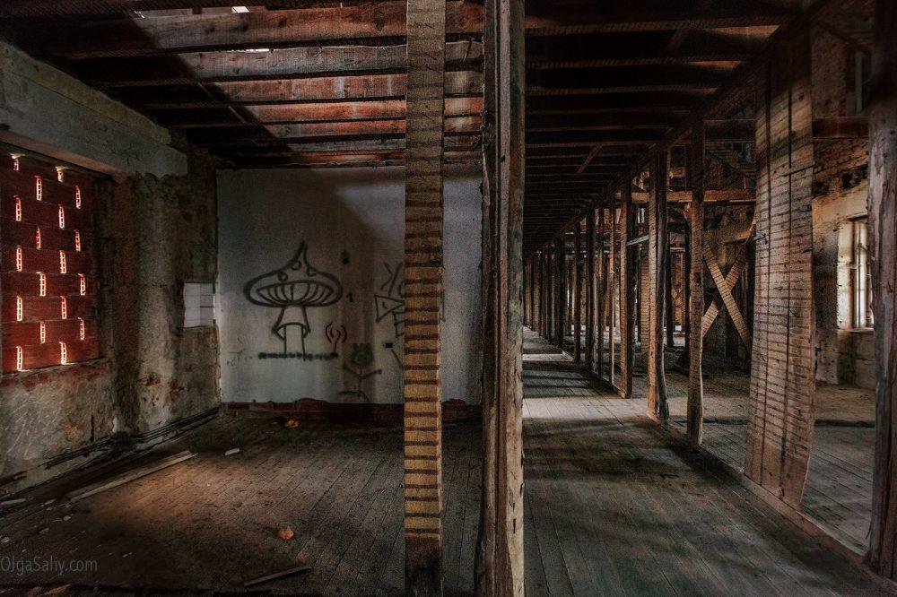 Abandoned hospital, Portugal (7)