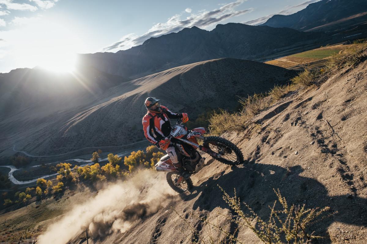 Altai mountains extreme photographer and guide enduro moto travel
